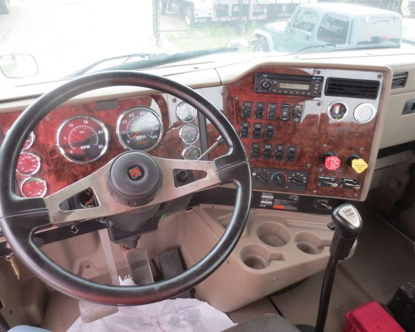 Steering Wheel of A Pre-owned Truck