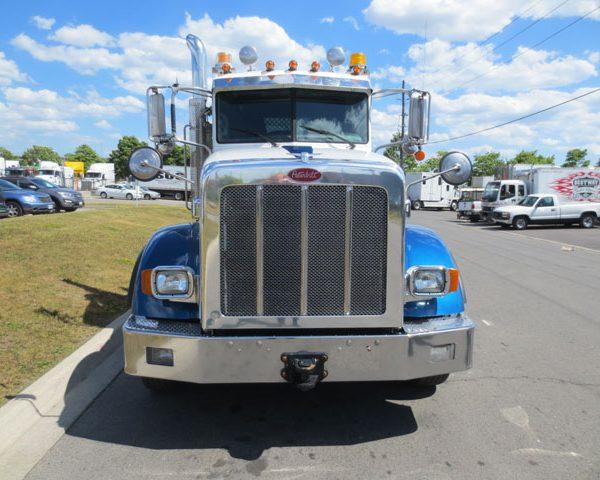 Peterbilt White and Blue Truck
