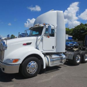 Peterbilt Day Cab
